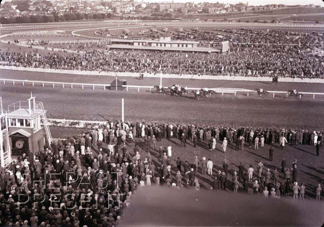 Randwick Race Finish