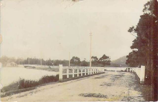 narrabeen-nsw-bridge-front