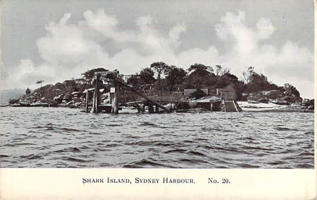 shark-island-sydney-harbour-front