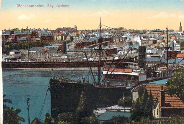 Woolloomooloo Bay Sydney looking into city Front