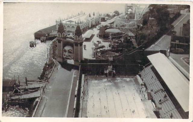 Luna Park and North Sydney pool Front
